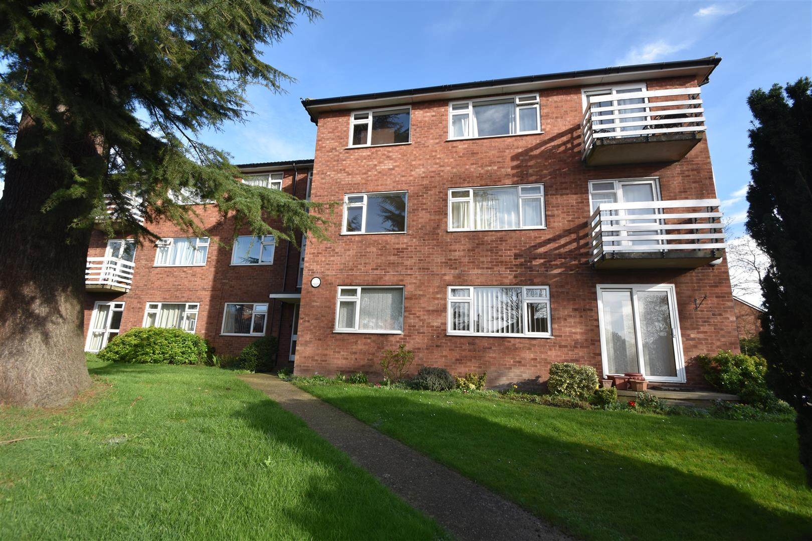 2 Droitwich Road,  Worcester